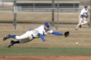 อาการบาดเจ็บที่อาจเกิดขึ้นได้จากการเล่นกีฬาเบสบอล